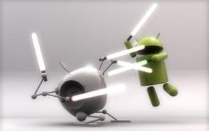 apple und android figuren kaempfen mit lichtschwertern