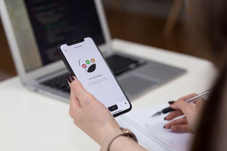Handy- applikation entwickeln