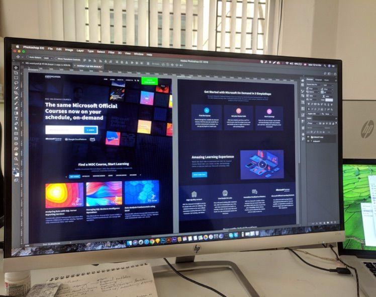 Grosser Bildschirm mit Erstellung design von website